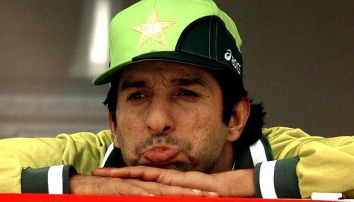 पाकिस्तानचा माजी क्रिकेटर वसिम अक्रमवर गोळीबार