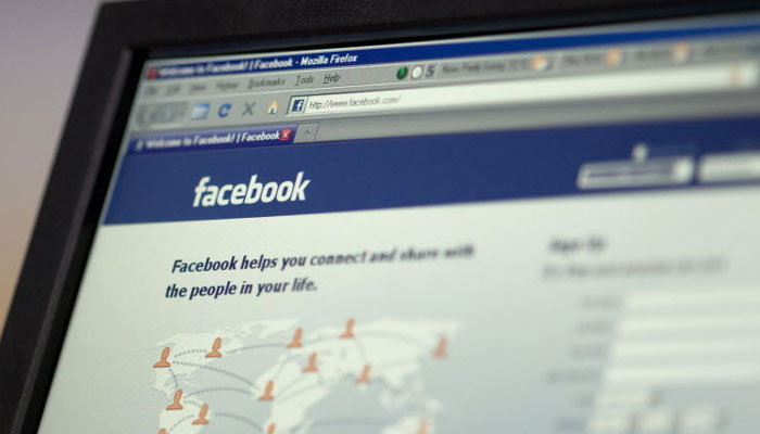 मृत व्यक्तीच्या फेसबूक अकाऊंटचं काय होतं?
