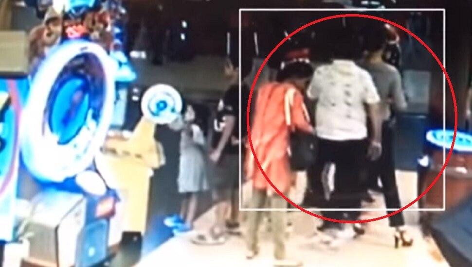 CCTV व्हिडिओ : छेडछाड केल्याचा विनोद कांबळीच्या पत्नीचा दावा किती खरा?