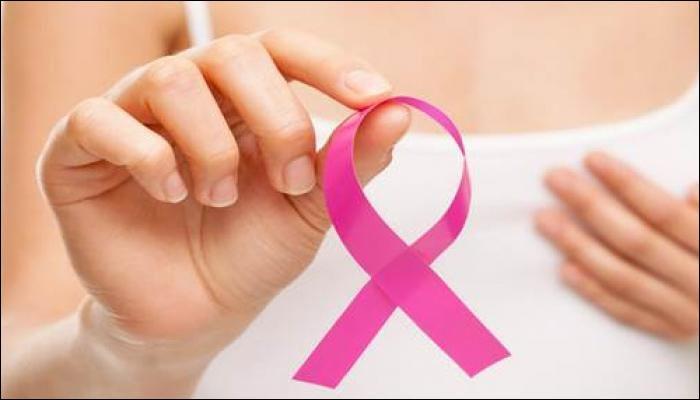 ब्रेस्ट कॅन्सरचा धोका कमी करण्यासाठी महिलांंनो 'हे' व्हिटॅमिन सांभाळा !