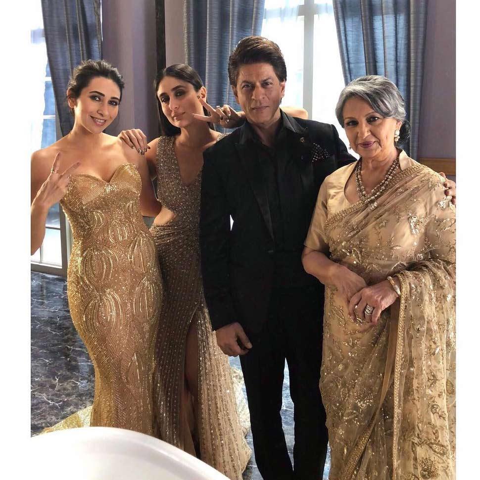 शाहरुख खान के साथ करिश्मा, करीना और शर्मिला टैगोर