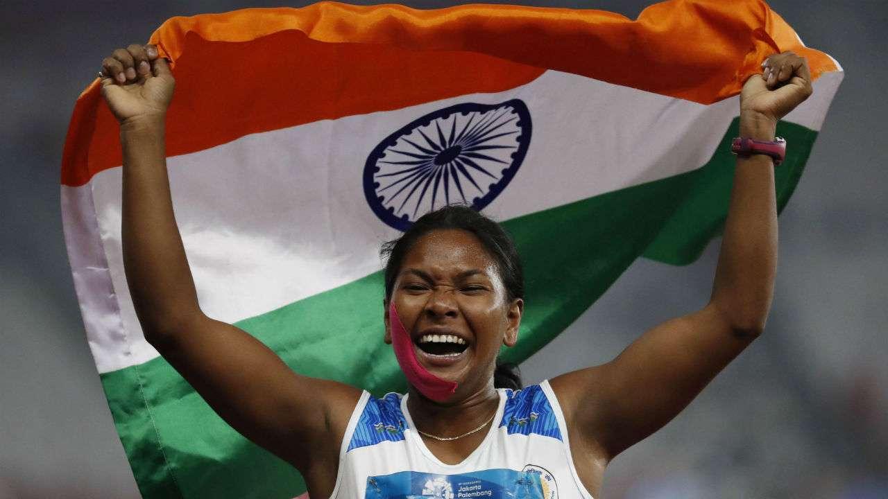 सुवर्ण पदक विजेती स्वप्ना बर्मनच्या मदतीसाठी आनंद महिंद्रा आले पुढे