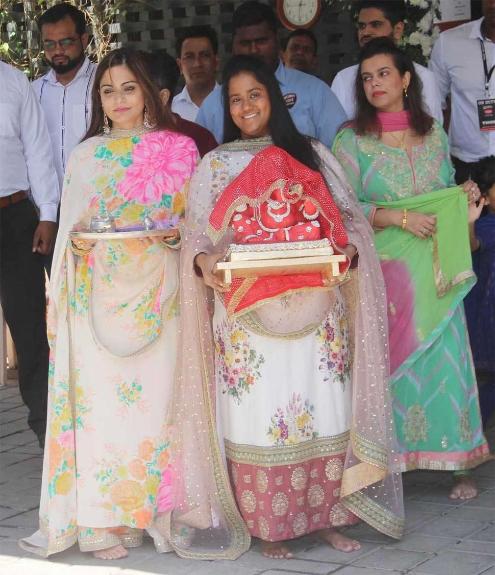 अर्पिता आणि अलवीरा खान