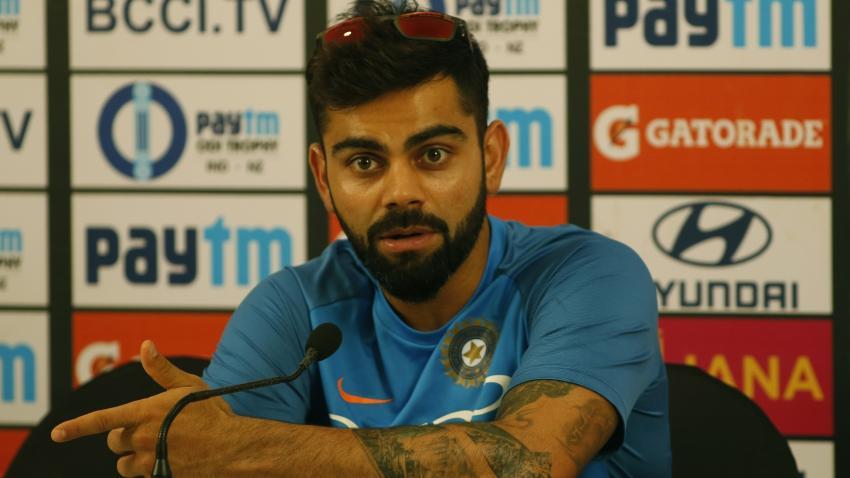 विराटला भारतात बनलेल्या बॉलपासून खेळायचं नाही!