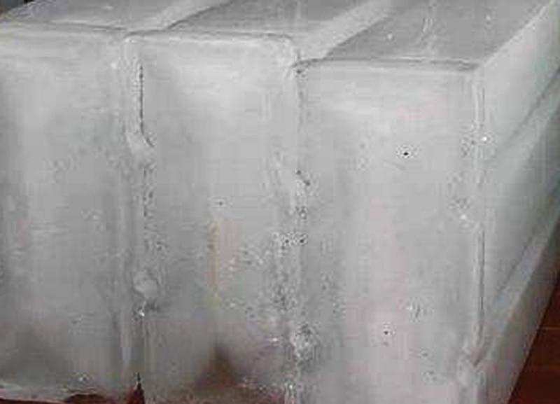 बर्फ टाकून सरबत पीत असाल तर सावधान...