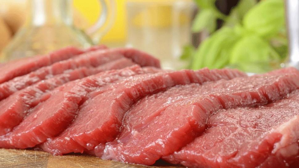 मांस उद्योगांमुळे कार्बन उत्सर्जनामध्ये मोठ्या प्रमाणात वाढ होत आहे.