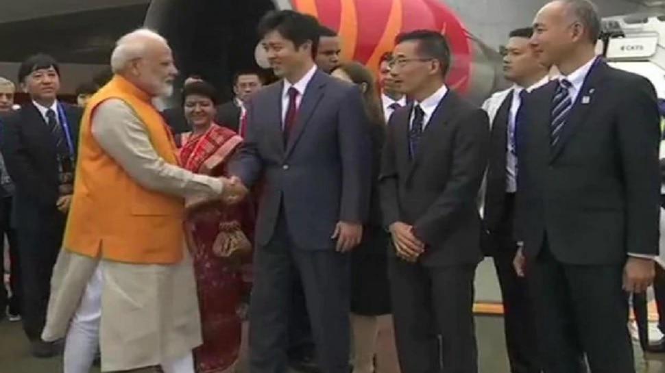 पंतप्रधान मोदी जी २० देशांच्या शिखर परिषदेसाठी ओसाकाला
