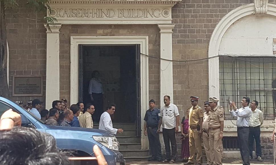 राज ठाकरे ईडी कार्यालयात दाखल, मुंबईत चार ठिकाणी कलम १४४ लागू