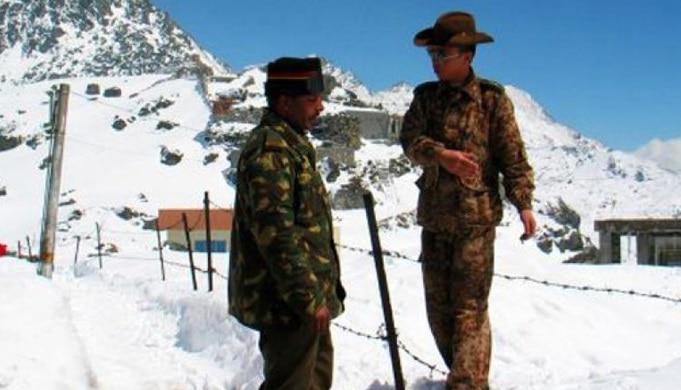 लडाखमध्ये भारत - चीनच्या सैन्यात धक्काबुक्की प्रकार