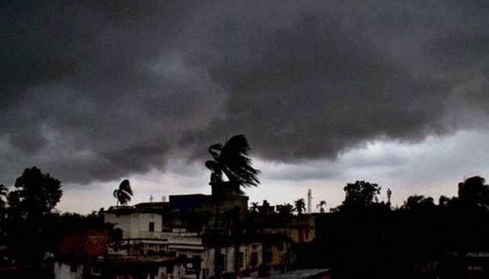 मुंबई, ठाणे, कल्याणमध्ये मुसळधार, हवामान विभागाचा रेड अलर्ट
