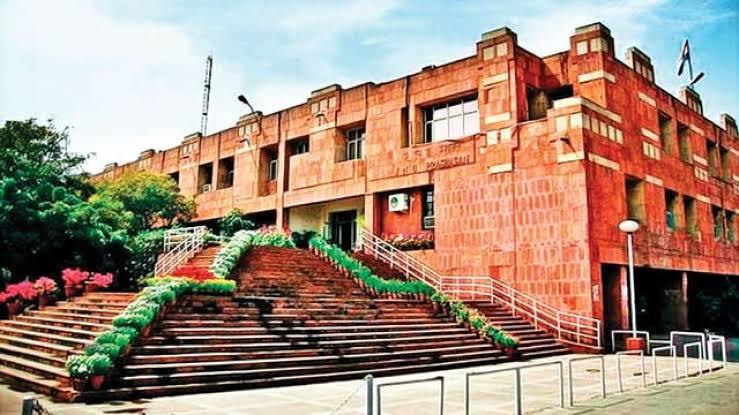 'जेएनयू'ची पोर हुश्शार.... 'इंडियन इकॉनॉमिक सर्व्हिस'च्या ३२ पैकी १८ जागा पटकावल्या