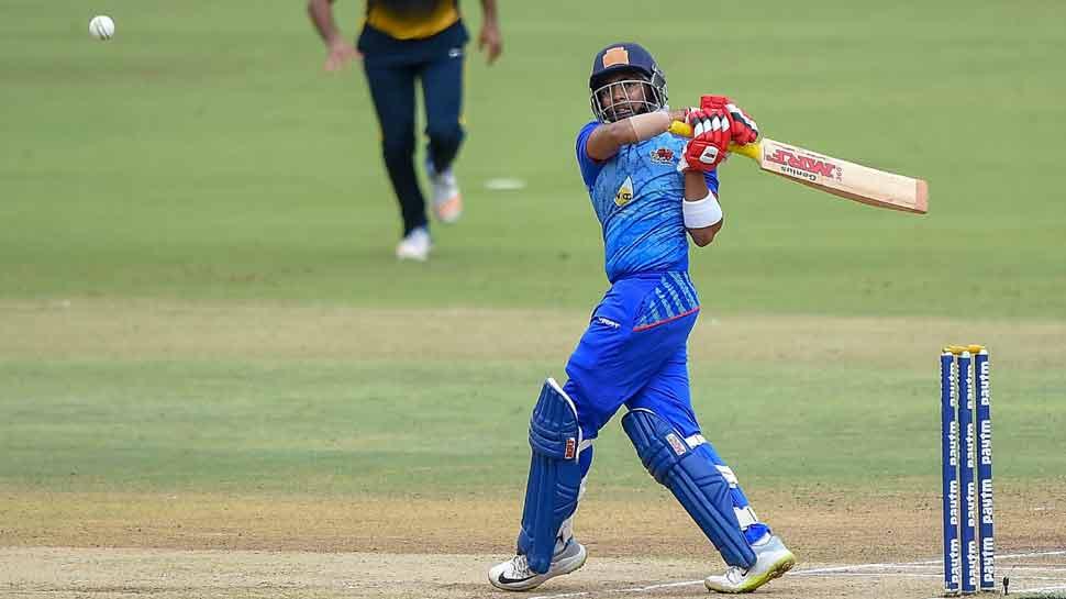 'टीम इंडिया'मध्ये निवड होताच पृथ्वी-संजूचा धमाका
