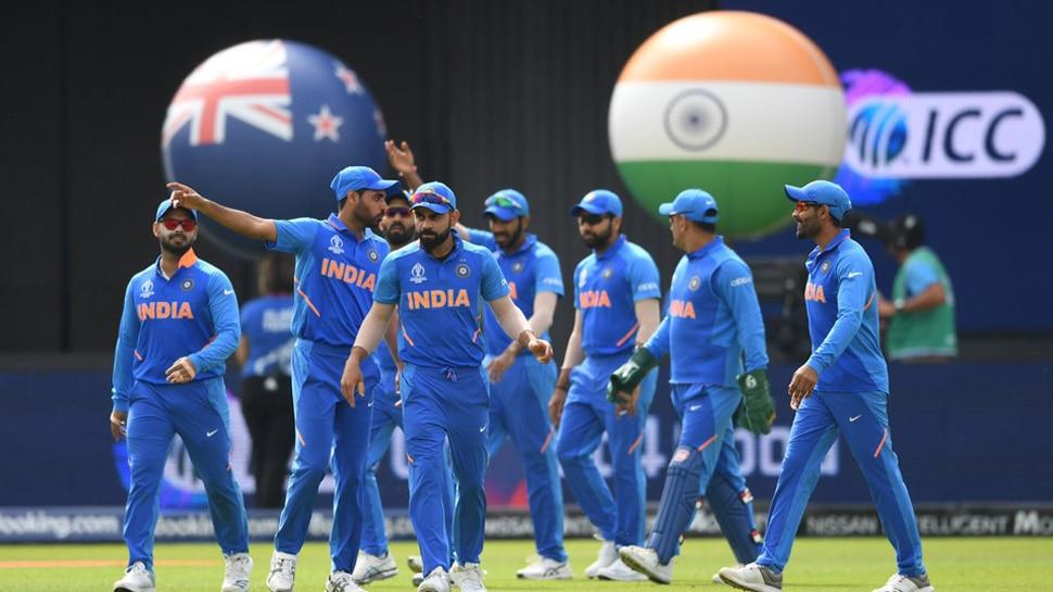 Corona : टीम इंडियाच्या मानधनात कपात व्हायची शक्यता