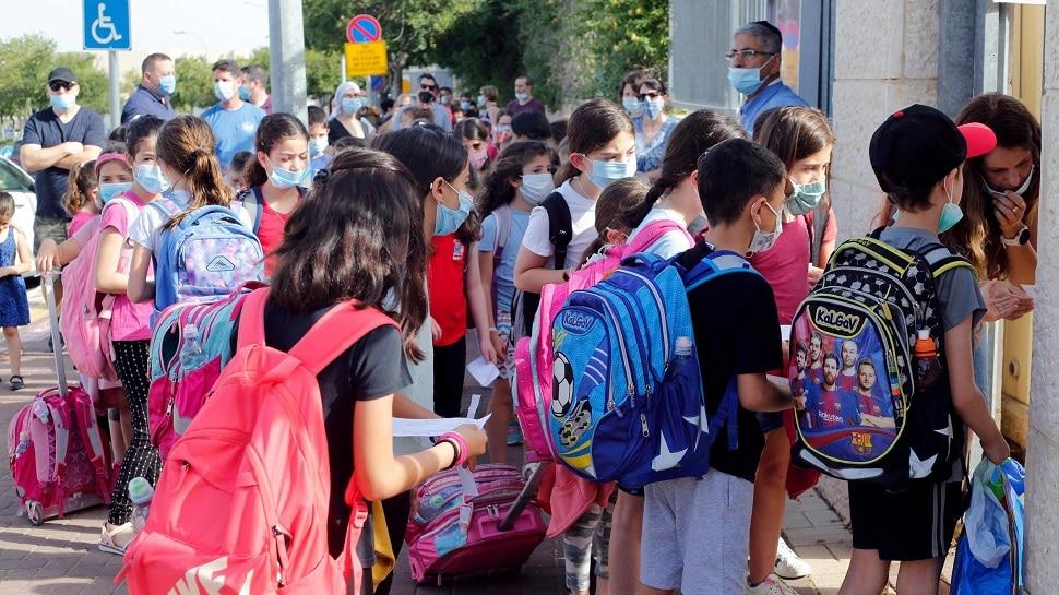 Covid-19 : 'या' देशाला शाळा सुरू करणं पडलं महागात; २५० विद्यार्थी संक्रमीत