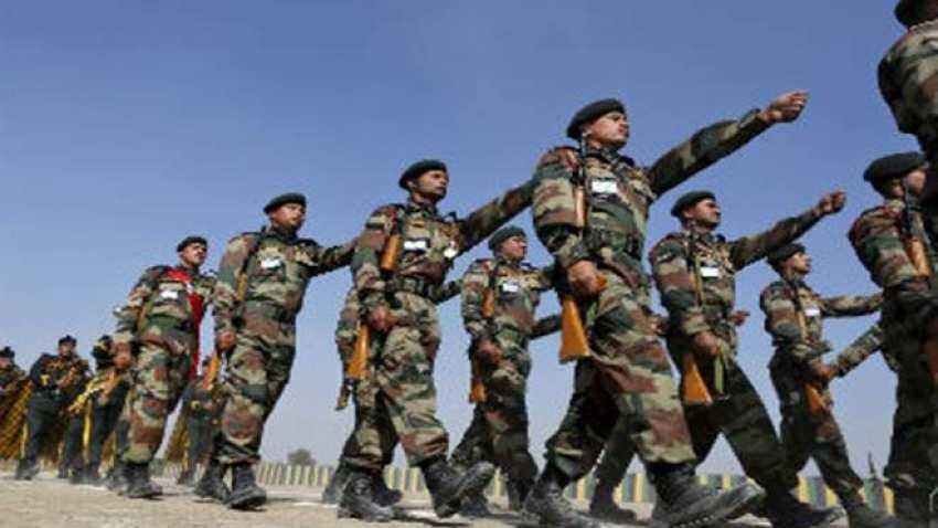 भारताने लडाखमध्ये पाठवले आर्मीचे ३ डिविजन, चीनला फुटला घाम