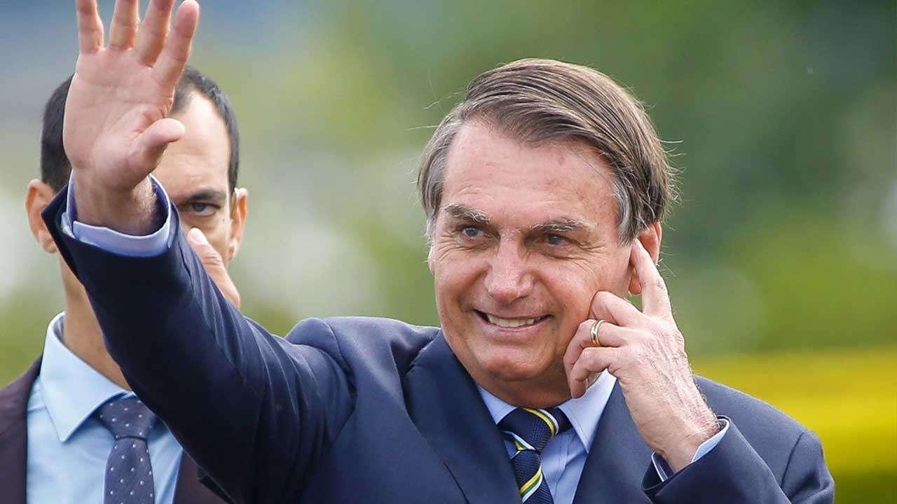 कोरोनाला साधा ताप म्हणणाऱ्या ब्राझीलच्या राष्ट्राध्यक्षांची टेस्ट पॉझिटिव्ह