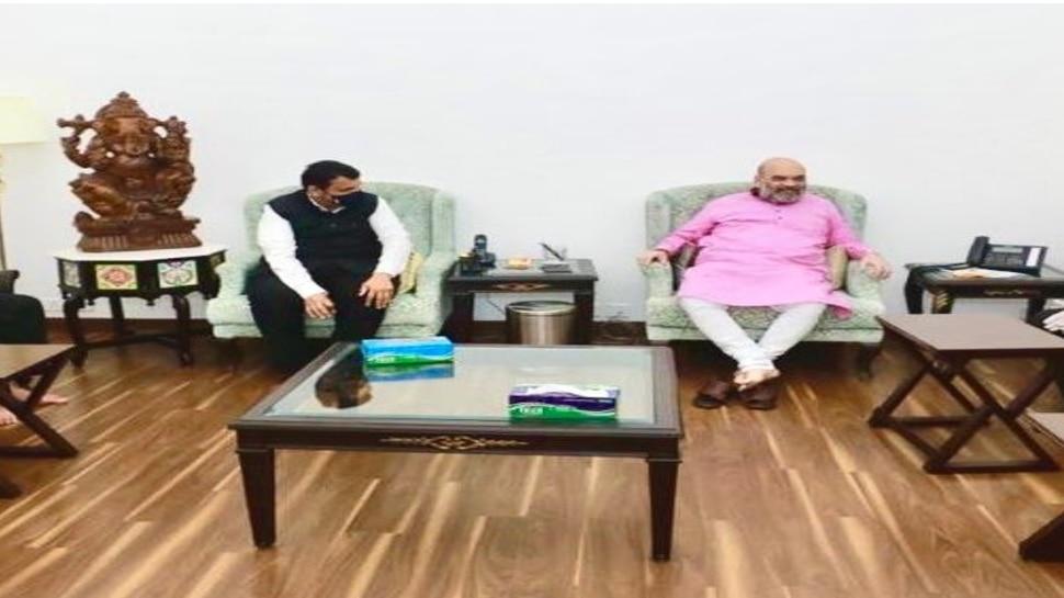 दिल्लीत अमित शाहंना भेटल्यावर फडणवीसांनी मोदींच्या भेटीची वेळ मागितली
