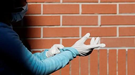 कोरोना काळात हँडग्लोजचा पुनर्वापर करणारी टोळी गजाआड