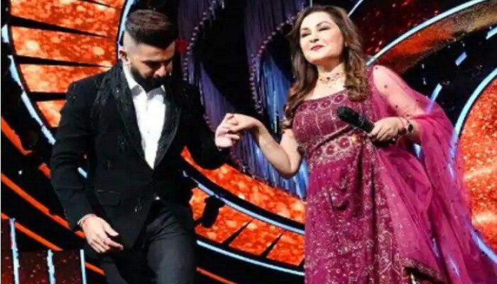 Indian Idol 12च्या सेटवर जया प्रदा यांची एन्ट्री; सजली गाण्यांची मैफल