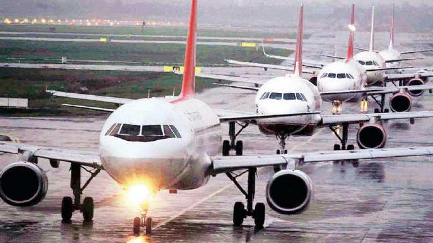 Corona: आणखी एका देशाची भारतावर बंदी, 10 दिवस विमान सेवा केली बंद