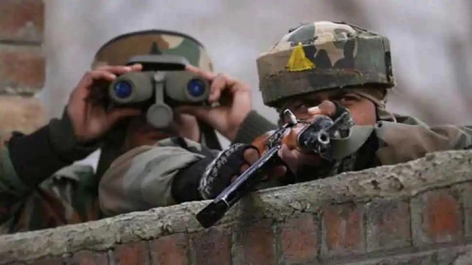 जम्मू-काश्मीर येथे सुरक्षा दलाला मोठे यश, चकमकीत तीन दहशतवादी ठार