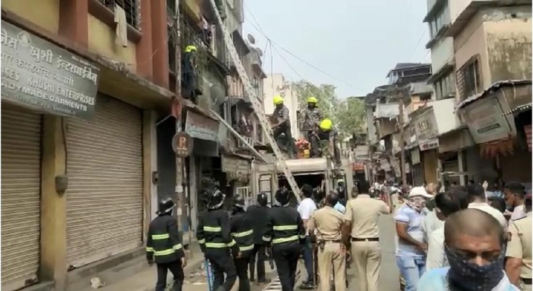 उल्हासनगर मोहिनी पॅलेस इमारत दुर्घटनेत आतापर्यंत 4 जणांचा मृत्यू
