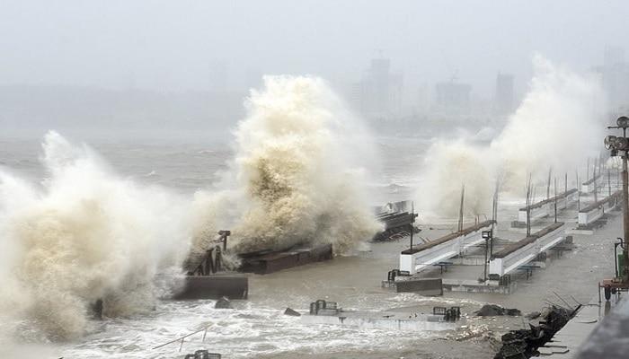 Cyclone Tauktae : तौत्के चक्रीवादळाची तीव्रता दाखवणारे मुंबईतील 5 भयंकर व्हिडिओ