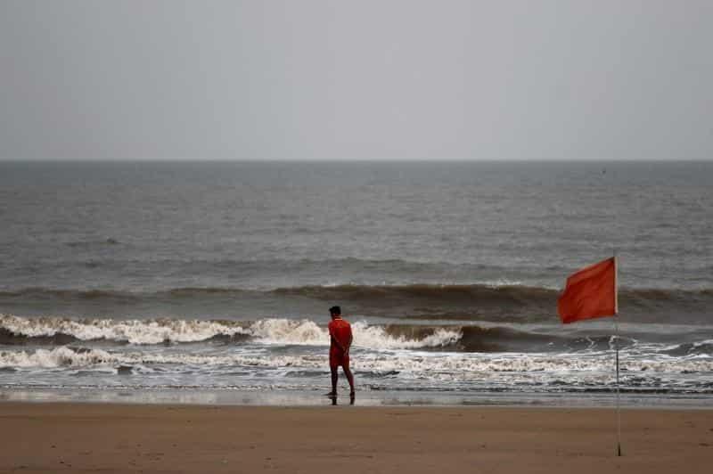 रायगड समुद्र किनाऱ्यावर दोन दिवसांत 5 मृतदेह आले वाहून
