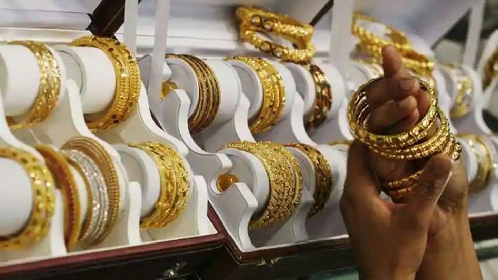 Gold Price Today : सोने, चांदीच्या दरात मोठी घसरण, असा आहे आजचा सोन्याचा दर