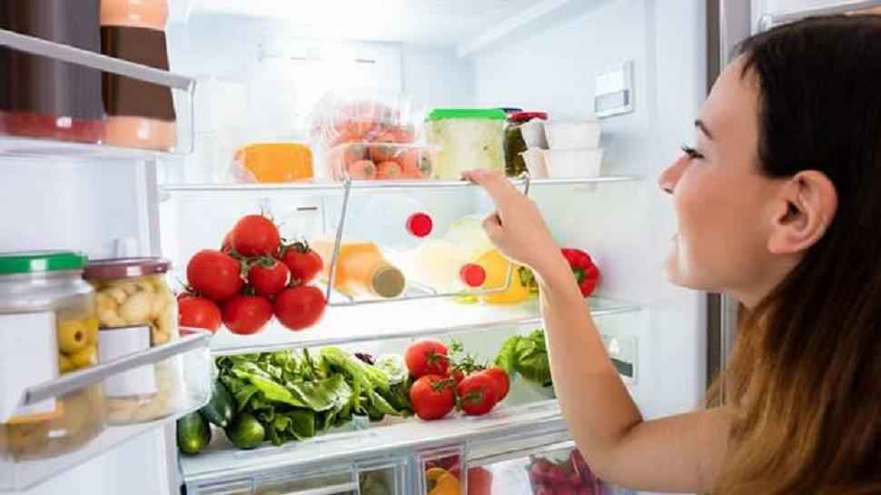 फ्रीजमध्ये ठेवलेले अन्न किती तासानंतर खाऊ नये, पाहा कोणता खाद्यपदार्थ किती काळ सुरक्षित राहतो?