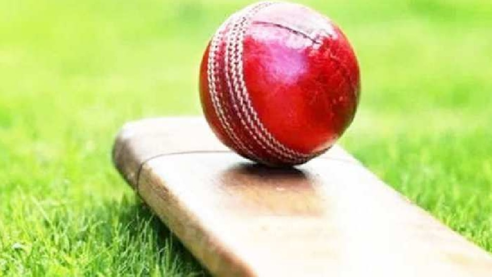 लग्नाचं खोटं वचन देऊन 10 वर्ष बलात्कार; महिलेचे पाकिस्तानी क्रिकेटवर गंभीर आरोप