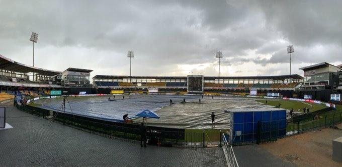IND VS SL 3rd ODI: सामन्यात पावसाचा व्यत्यय, सामना थांबला