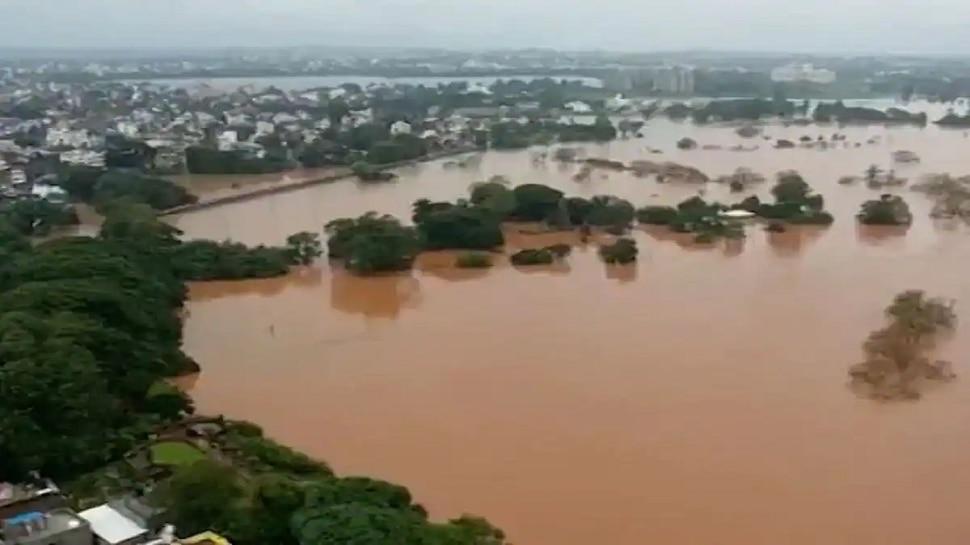 Kolhapur Flood   कोल्हापुरात पूरस्थितीमुळे हाहाकार, शेकडो गावांचा संपर्क तुटला