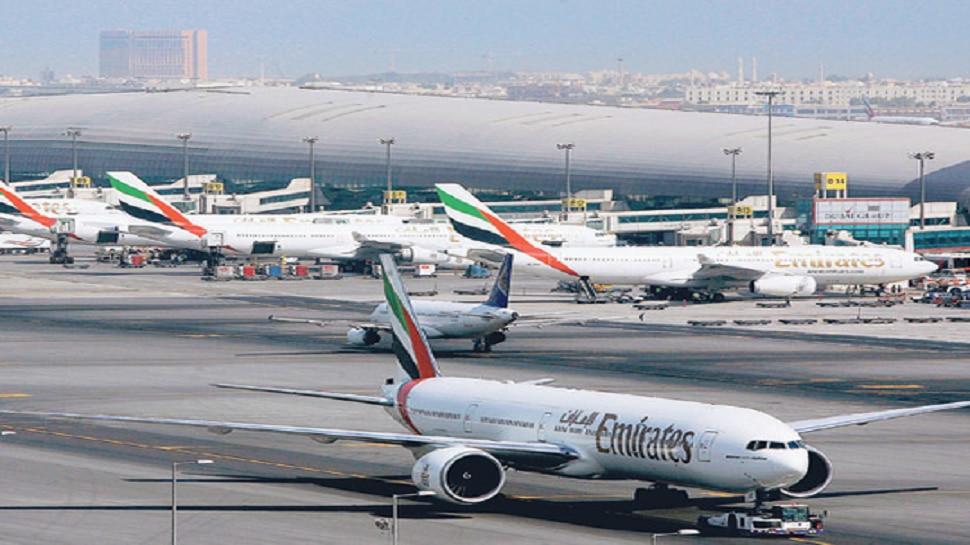 कोरोनाच्या तिसऱ्या लाटेचा धोका; भारतात येणाऱ्या - जाणाऱ्या सर्व प्रवासी विमानांचे उड्डाण बंद
