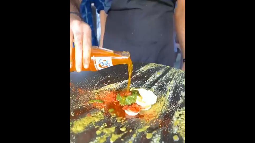 Viral | अंड्याला Fanta मध्ये फ्राय करून बनवलं ऑमलेट; भन्नाट आयडीयाने सोशलमीडियावर धुमाकूळ