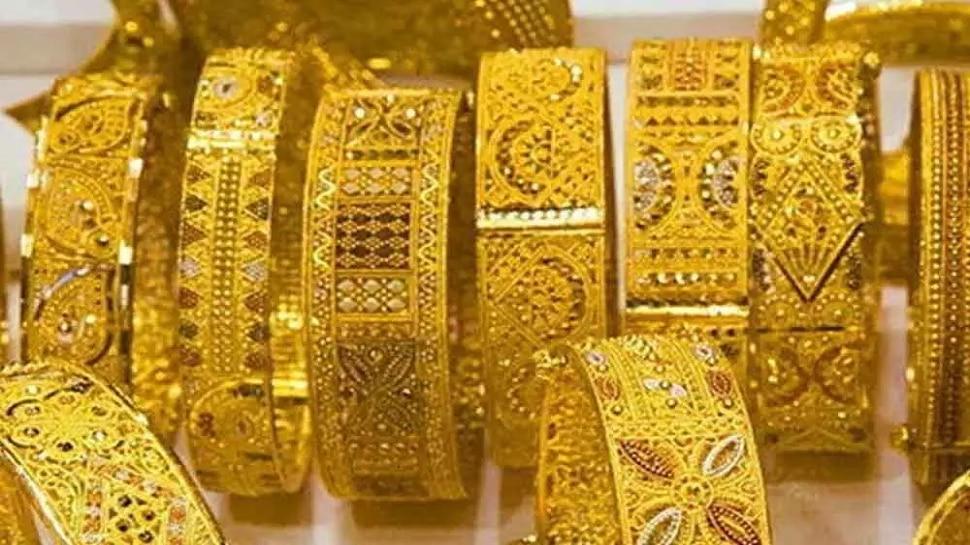 Gold Price Today | सोन्याच्या घसरणीमुळे गुंतवणूकदारांनी साधली संधी; तुम्ही खरेदी केले का?