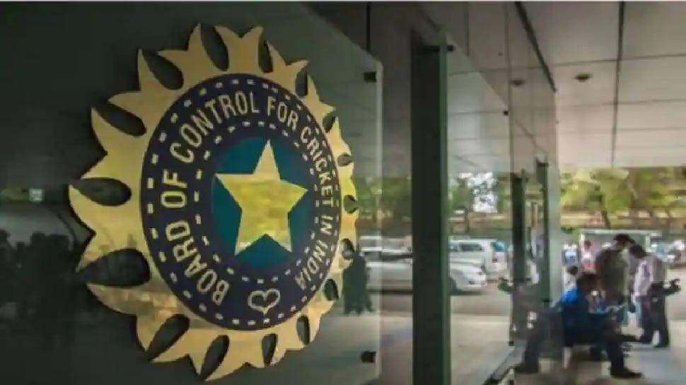 आता स्थानिक क्रिकेटपटूही होणार मालमाल, BCCI ने केली मोठी घोषणा