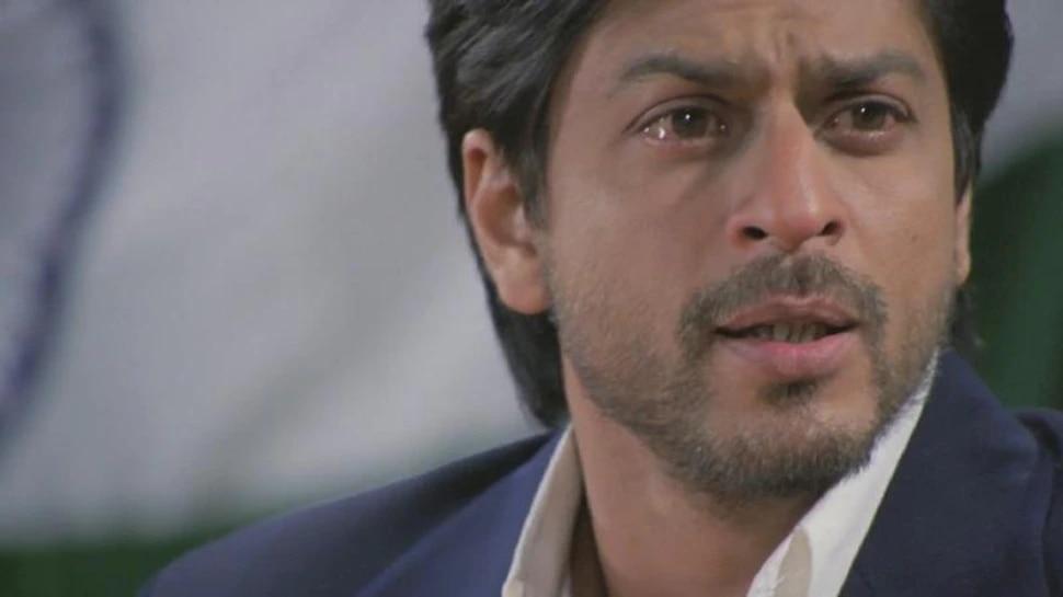 मुलगा तुरुंगात गेल्यानंतर व्हायरल होतोय शाहरुख खानचा भावूक व्हिडिओ