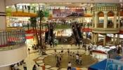 Covid-19 : विंडो शॉपिंग करणाऱ्या ग्राहकांना मॉलमध्ये प्रवेश नाही