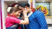 अभिनेत्री सोनाली कुलकर्णीने मंदिरात लग्न लावलं, 15 मिनिटात आटोपला सोहळा