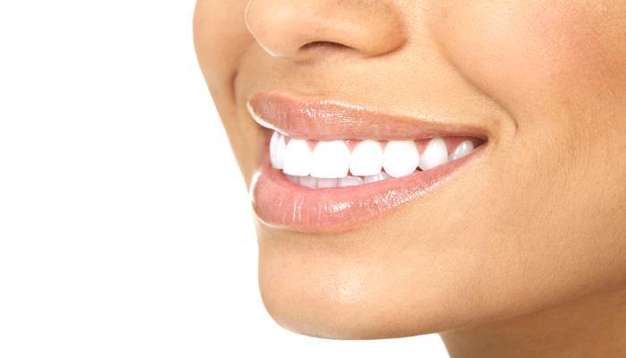 दातातून सतत रक्त येत असेल तर हे उपाय करा