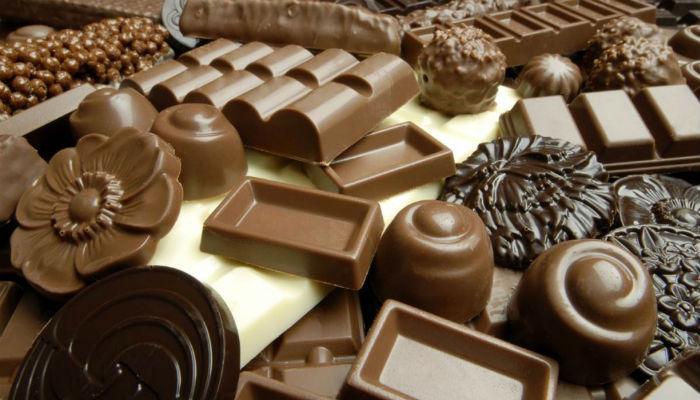 'चॉकलेट'च्या आमिषाला महिलाही पडल्या बळी!