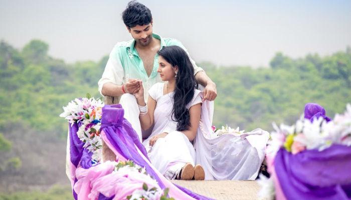 पहिल्या पावसात फुलतंय शिव-गौरीचं पहिलं प्रेम!