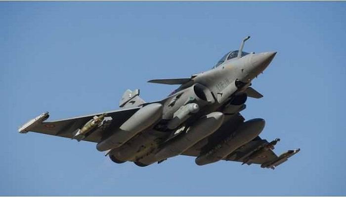 भारत-फ्रान्समध्ये राफेल विमान करार, भारताच्या हद्दीतूनच करता येणार हल्ला