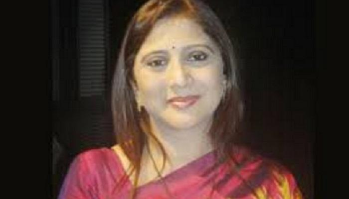 निवेदिता जोशी-सराफ यांची पर्स उंदराने कुरतडली