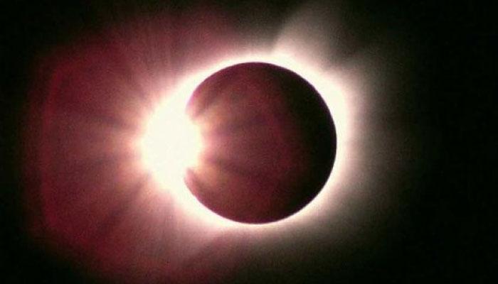 वर्षातील पहिले सूर्यग्रहण, चुकूनही ही कामे करु नका
