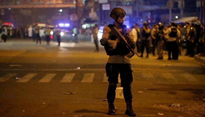 इंडोनेशियाची राजधानी जकार्ता दुहेरी बॉम्बस्फोटाने हादरली