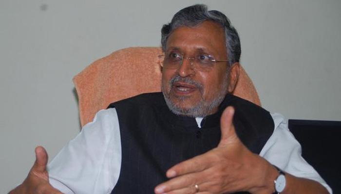 बिहारचे उपमुख्यमंत्री सुशील मोदींच्या ताफ्यावर हल्ला