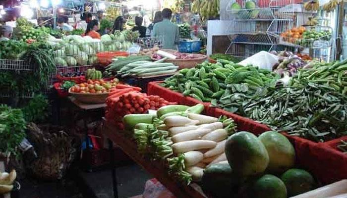 एपीएमसीमध्ये विक्रमी आवक झाल्याने भाज्यांचे दर घसरले