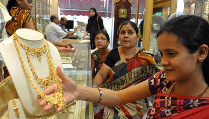 धनत्रयोदशी २०१७ : सोने खरेदी करताना कोणती काळजी घ्याल?